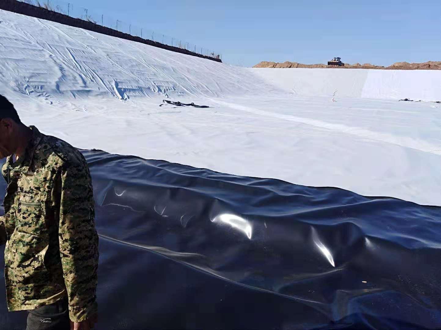 污水蒸发池防水板